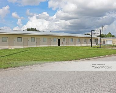 Storage Units for Rent available at 2099 Executive Road, Winter Haven, FL 33884 Photo Gallery 1