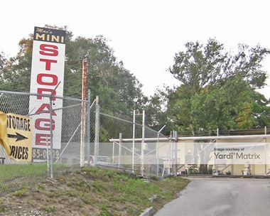 Storage Units for Rent available at 125 Central Drive, Brandon, FL 33510 Photo Gallery 1