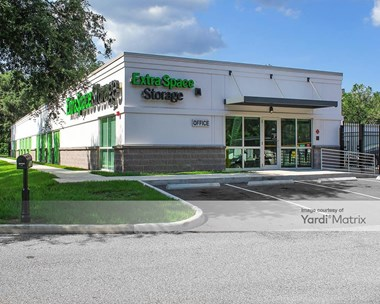 Storage Units for Rent available at 7018 US - 301, Riverview, FL 33578 Photo Gallery 1