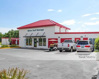 Storage Units for Rent available at 11537 US 301, Riverview, FL 33578 Photo Gallery 1