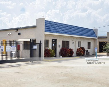 Storage Units for Rent available at 801 North Cocoa Blvd, Cocoa, FL 32922 Photo Gallery 1