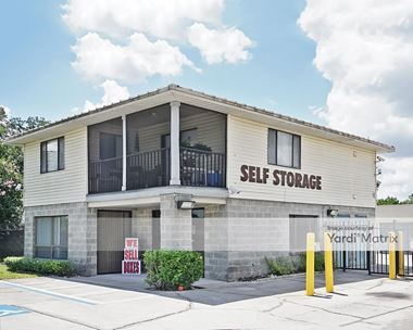 Storage Units for Rent available at 5622 Old Winter Garden Road, Orlando, FL 32811 Photo Gallery 1