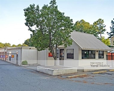 Storage Units for Rent available at 6770 Dawson Blvd, Norcross, GA 30093 Photo Gallery 1