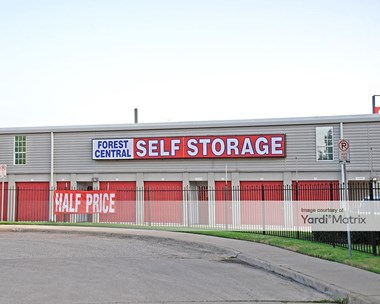 Storage Units for Rent available at 11550 Forest Central Drive, Dallas, TX 75243 Photo Gallery 1