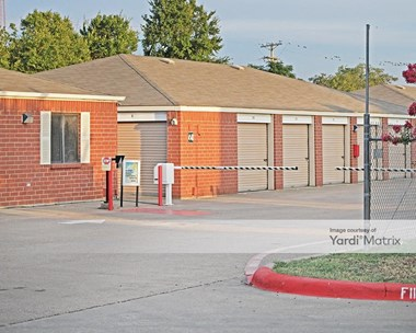 Storage Units for Rent available at 4138 Forest Lane, Garland, TX 75042 Photo Gallery 1