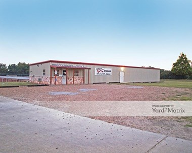 Storage Units for Rent available at 727 Highway 71 West, Smithville, TX 78957 Photo Gallery 1