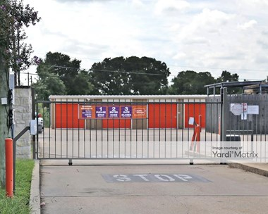 Storage Units for Rent available at 9814 West Gate Blvd, Austin, TX 78748 Photo Gallery 1