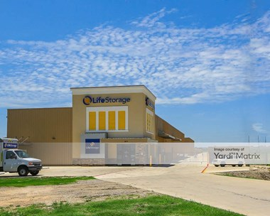 Storage Units for Rent available at 9717 East US Highway 290, Austin, TX 78724 Photo Gallery 1
