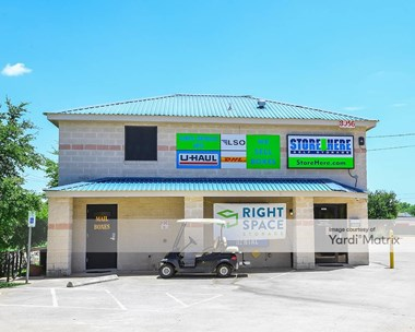 Storage Units for Rent available at 8956 Research Blvd, Austin, TX 78758 Photo Gallery 1