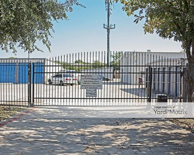 Storage Units for Rent available at 7510 Smithfield Road, North Richland Hills, TX 76180 Photo Gallery 1