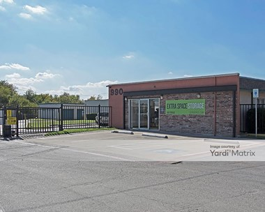 Storage Units for Rent available at 990 Alta Mere Drive, Fort Worth, TX 76116 Photo Gallery 1
