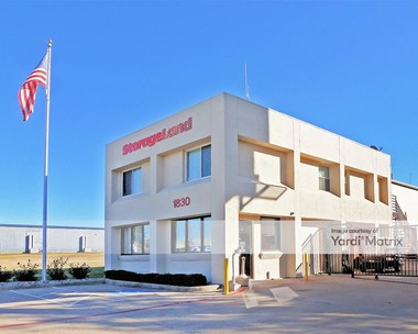 Storage Units for Rent available at 1830 East Division Street, Arlington, TX 76011 Photo Gallery 1