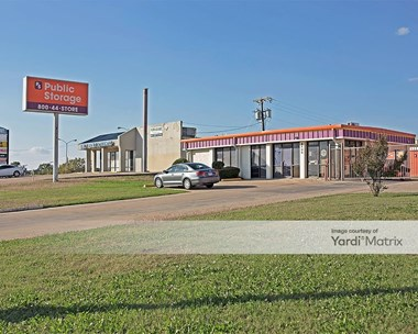 Storage Units for Rent available at 8400 West Highway 80, Fort Worth, TX 76116 Photo Gallery 1
