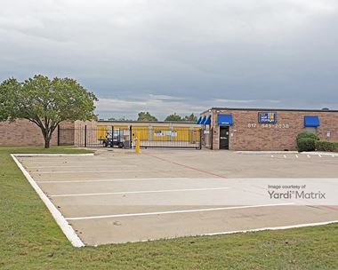Storage Units for Rent available at 1151 West Euless Blvd, Euless, TX 76040 Photo Gallery 1