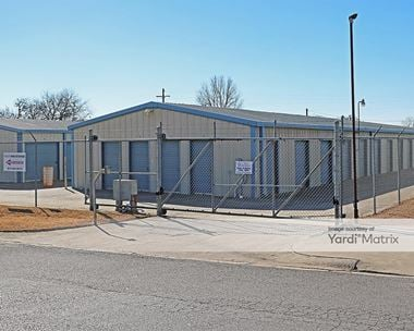 Storage Units for Rent available at 424 Wicker Way, Burleson, TX 76028 Photo Gallery 1
