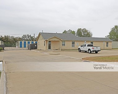 Storage Units for Rent available at 3509 Post Oak Blvd, Euless, TX 76040 Photo Gallery 1