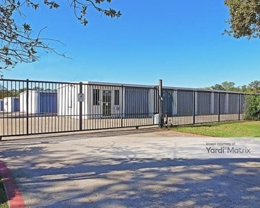 Storage Units for Rent available at 1604 North Kimball Avenue, Southlake, TX 76092 Photo Gallery 1