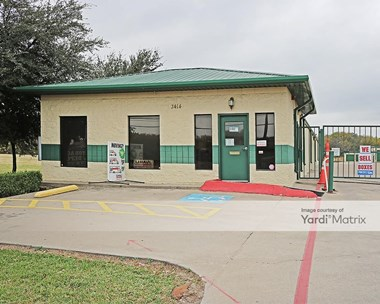 Storage Units for Rent available at 3414 South Collins Street, Arlington, TX 76014 Photo Gallery 1