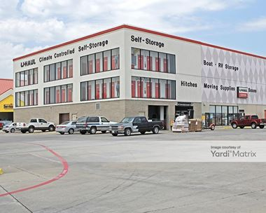 Storage Units for Rent available at 3020 Interstate 20 West, Grand Prairie, TX 75052 Photo Gallery 1