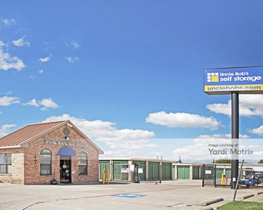 Storage Units for Rent available at 1401 Blue Danube, Arlington, TX 76015 Photo Gallery 1