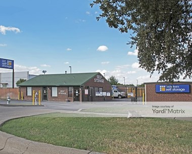 Storage Units for Rent available at 6162 Southwest Blvd, Banbrook, TX 76109 Photo Gallery 1