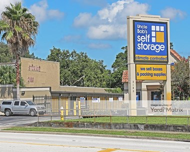 Storage Units for Rent available at 2180 Drew Street, Clearwater, FL 33765 Photo Gallery 1