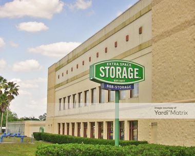 Storage Units for Rent available at 707 Providence Road, Brandon, FL 33511 Photo Gallery 1
