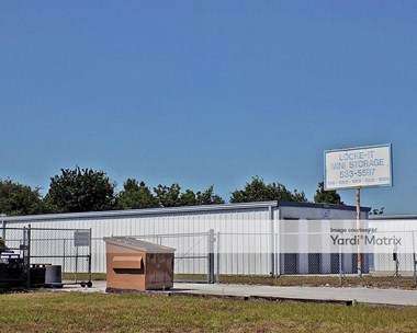 Storage Units for Rent available at 1515 Centennial Blvd, Bartow, FL 33830 Photo Gallery 1