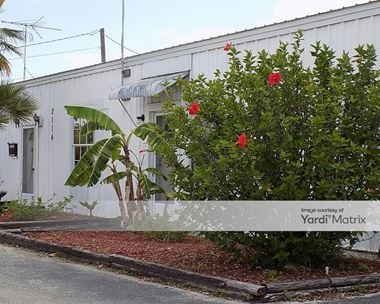 Storage Units for Rent available at 2114 Combee Road South, Lakeland, FL 33801 Photo Gallery 1