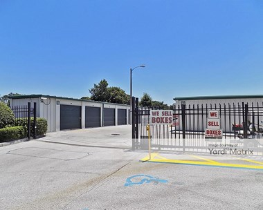 Storage Units for Rent available at 2350 Sleepy Hill Road, Lakeland, FL 33810 Photo Gallery 1