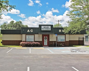 Storage Units for Rent available at 31904 State Road 52, San Antonio, FL 33576 Photo Gallery 1