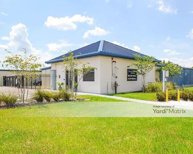 Storage Units for Rent available at 1120 Kathleen Road, Lakeland, FL 33805 Photo Gallery 1