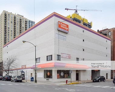 Storage Units for Rent available at 1129 North Wells Street, Chicago, IL 60610 Photo Gallery 1
