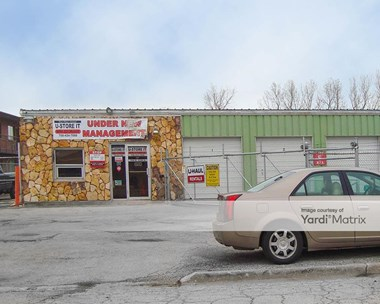 Storage Units for Rent available at 7030 West 103Rd Street, Chicago Ridge, IL 60415 Photo Gallery 1