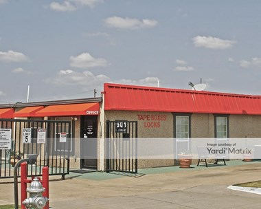 Storage Units for Rent available at 601 South Interstate 35 East Service Road, Desoto, TX 75115 Photo Gallery 1