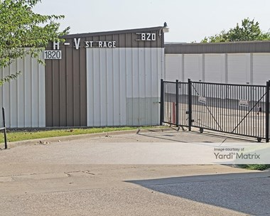 Storage Units for Rent available at 1820 East Interstate 30, Rockwall, TX 75087 Photo Gallery 1