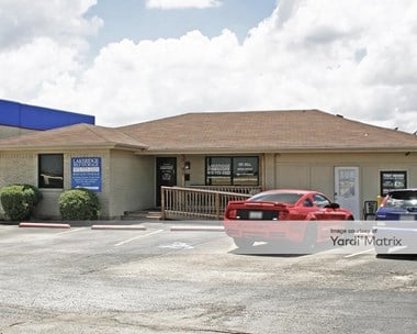 Storage Units for Rent available at 5191 North Highway 67, Midlothian, TX 76065 Photo Gallery 1
