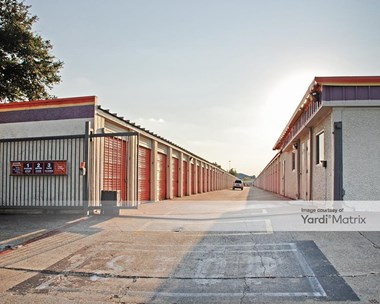 Storage Units for Rent available at 4333 Jackson Drive, Garland, TX 75041 Photo Gallery 1