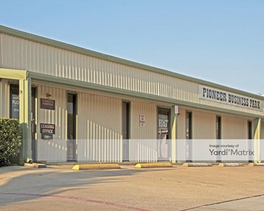 Storage Units for Rent available at 6950 Eubanks Street, Frisco, TX 75034 Photo Gallery 1
