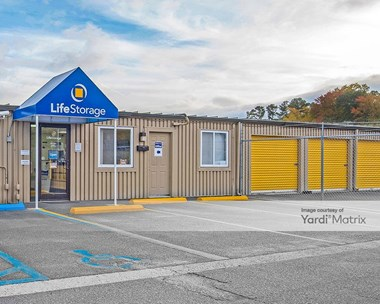 Storage Units for Rent available at 473 J Clyde Morris Blvd, Newport News, VA 23601 Photo Gallery 1