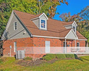 Storage Units for Rent available at 1343 Big Bethel Road, Hampton, VA 23666 Photo Gallery 1