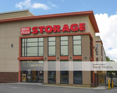 Storage Units for Rent available at 4300 West Broad Street, Richmond, VA 23230 Photo Gallery 1