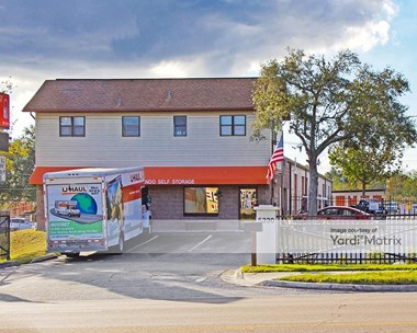 Storage Units for Rent available at 5330 North Pine Hills Road, Orlando, FL 32808 Photo Gallery 1