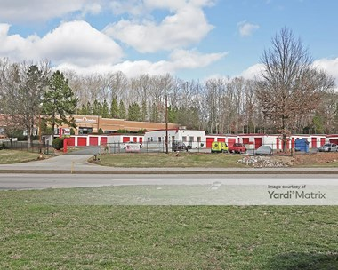 Storage Units for Rent available at 7012 Glenwood Avenue, Raleigh, NC 27612 Photo Gallery 1