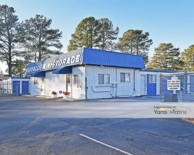 Storage Units for Rent available at 2107 US Highway 70 East Business, Garner, NC 27529 Photo Gallery 1