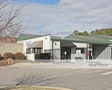 Storage Units for Rent available at 1041 Investment Blvd, Apex, NC 27502 Photo Gallery 1