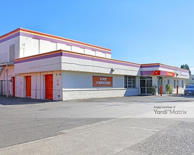 Storage Units for Rent available at 6525 North Lombard Street, Portland, OR 97203 Photo Gallery 1