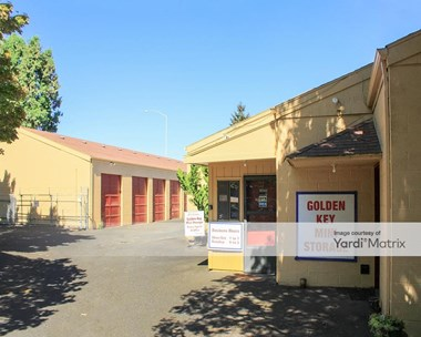 Storage Units for Rent available at 6725 SW Bradbury Court, Tigard, OR 97224 Photo Gallery 1