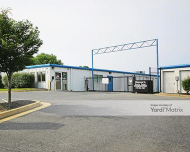 Storage Units for Rent available at 2613 North Point Blvd, Baltimore, MD 21222 Photo Gallery 1