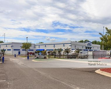 Storage Units for Rent available at 4512 Collins Road, Jacksonville, FL 32244 Photo Gallery 1